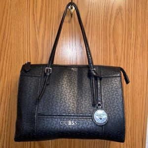 *SOLD* Guess purse and wallet